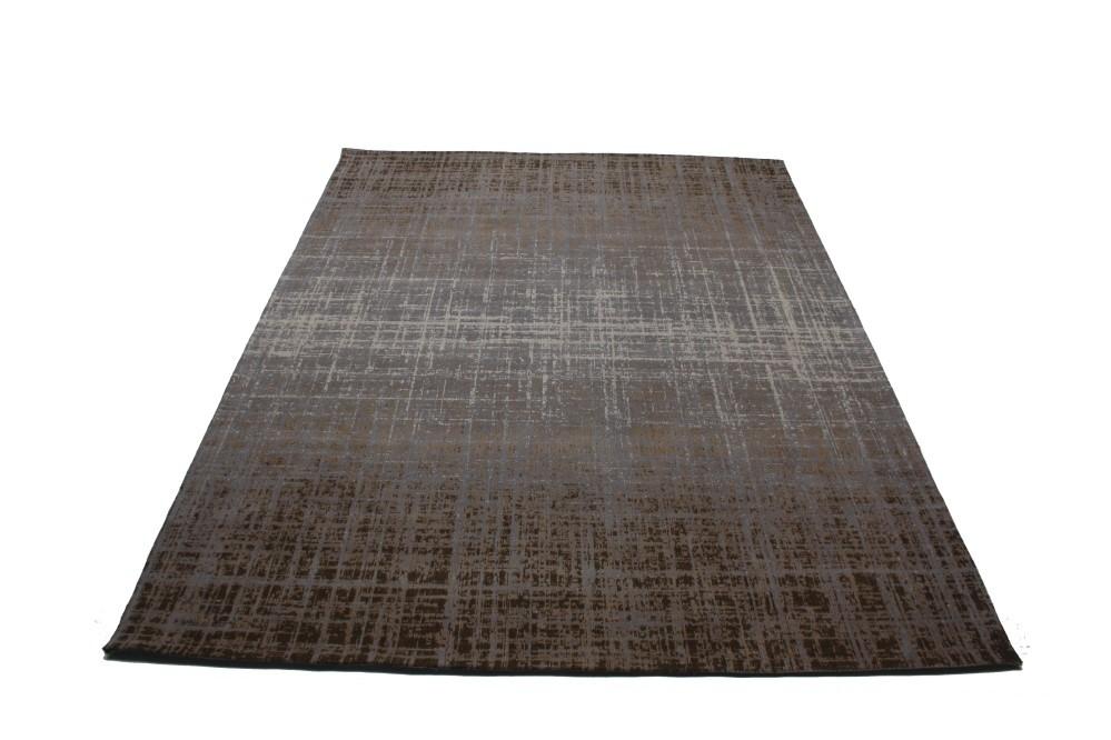 Laagpolig karpet met een fading effect.